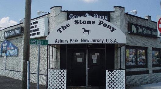 Sabado 23: concierto benéfico en Asbury Park